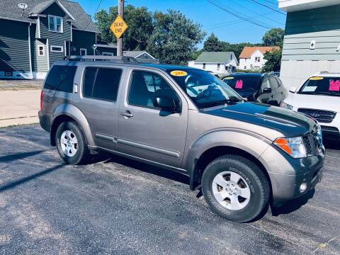 2006 Nissan Pathfinder for sale at SHEFFIELD MOTORS INC in Kenosha WI