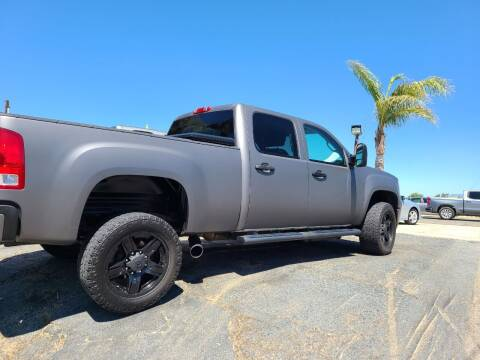 2013 GMC Sierra 2500HD for sale at E and M Auto Sales in Bloomington CA