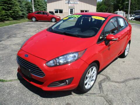 2015 Ford Fiesta for sale at Richfield Car Co in Hubertus WI