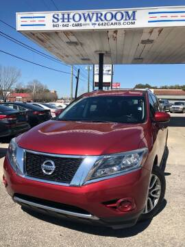 2016 Nissan Pathfinder for sale at Showroom Auto Sales of Charleston in Charleston SC