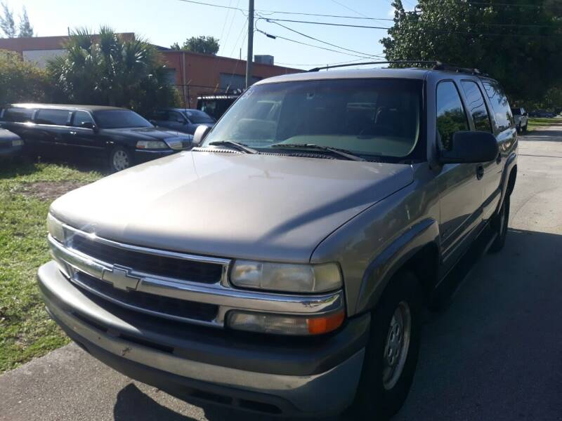 2000 Chevrolet Suburban for sale at LAND & SEA BROKERS INC in Deerfield FL