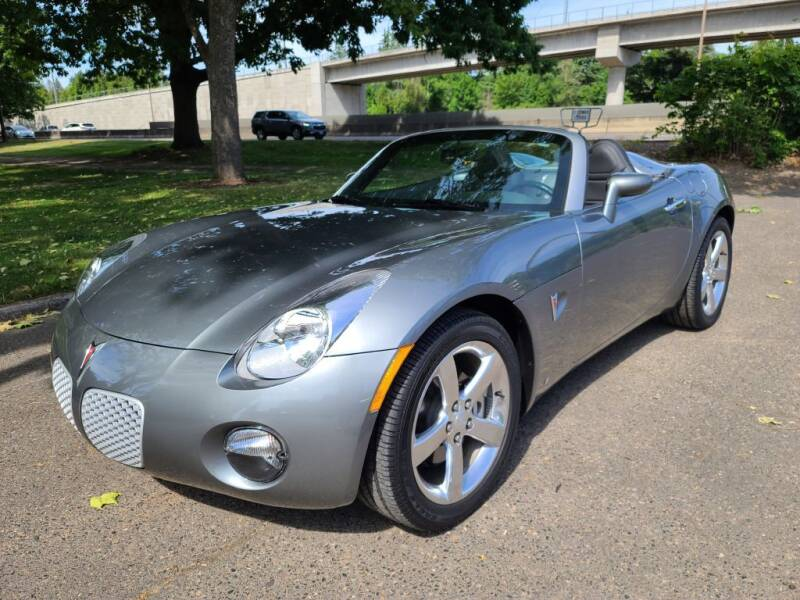 2006 Pontiac Solstice for sale at EXECUTIVE AUTOSPORT in Portland OR