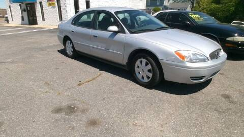 2005 Ford Taurus for sale at IMPORT MOTORSPORTS in Hickory NC
