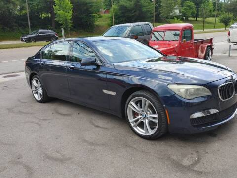 2010 BMW 7 Series for sale at North Knox Auto LLC in Knoxville TN