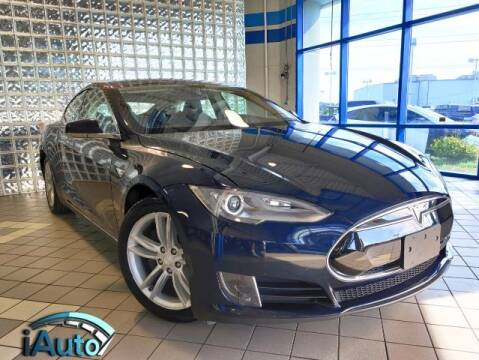 2013 Tesla Model S for sale at iAuto in Cincinnati OH