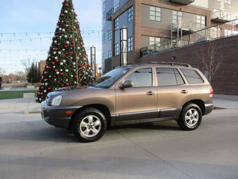 2005 Hyundai Santa Fe for sale at Grand Valley Motors in West Fargo ND