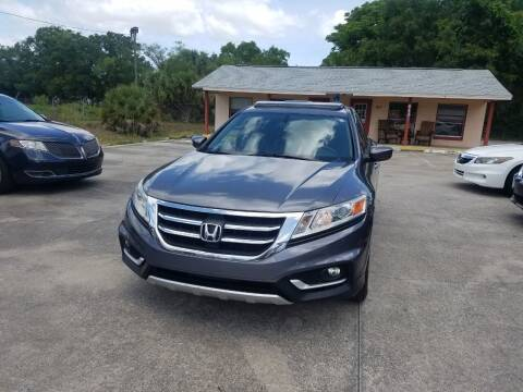 2015 Honda Crosstour for sale at FAMILY AUTO BROKERS in Longwood FL