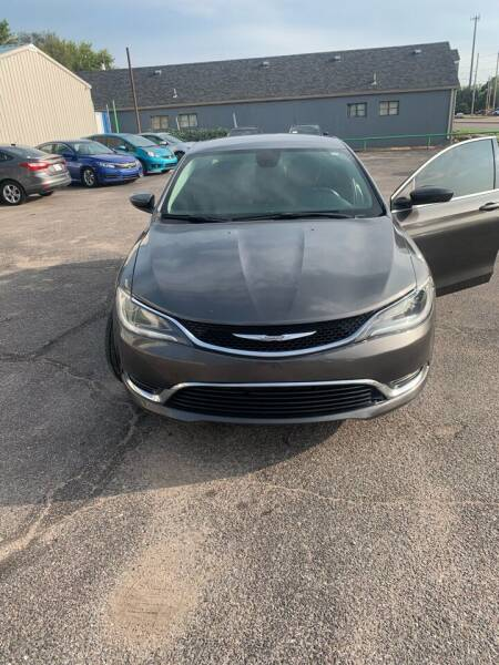 2015 Chrysler 200 for sale at Unique Motors in Wichita KS