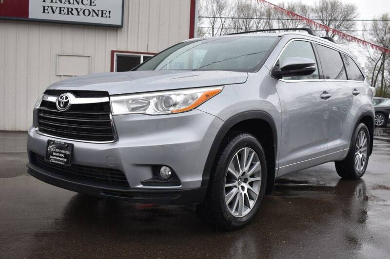 2016 Toyota Highlander for sale at Dealswithwheels in Inver Grove Heights/Hastings MN
