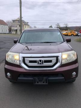 2009 Honda Pilot for sale at Whiting Motors in Plainville CT