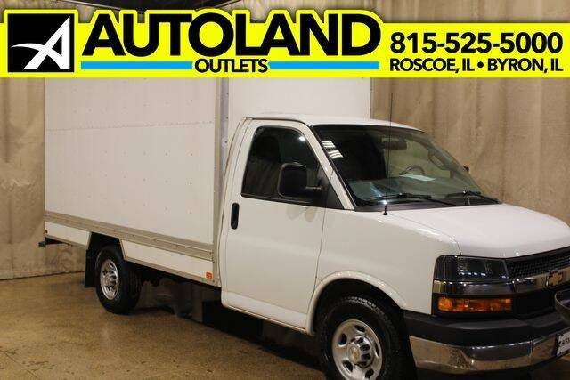 2018 Chevrolet Express Cutaway for sale at AutoLand Outlets Inc in Roscoe IL
