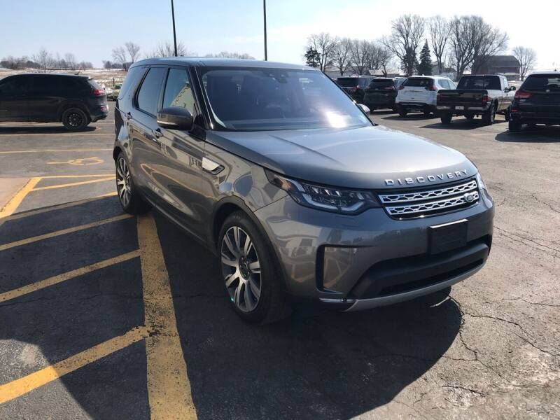 2018 Land Rover Discovery for sale at Used Car Outlet in Bloomington IL