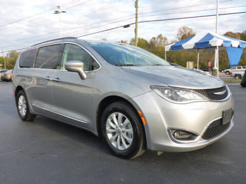 2017 Chrysler Pacifica for sale at RUSTY WALLACE HONDA in Knoxville TN