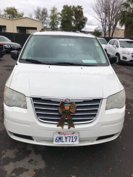 2010 Chrysler Town and Country for sale at EXPRESS CREDIT MOTORS in San Jose CA