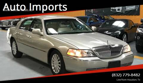 2004 Lincoln Town Car for sale at Auto Imports in Houston TX