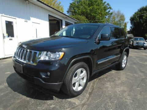 2013 Jeep Grand Cherokee for sale at NORTHLAND AUTO SALES in Dale WI