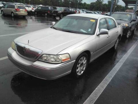 2008 Lincoln Town Car for sale at Sensible Choice Auto Sales, Inc. in Longwood FL