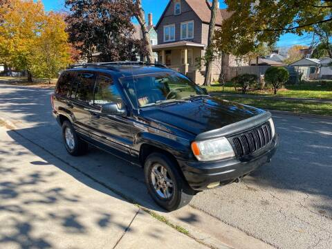 2000 Jeep Grand Cherokee for sale at RIVER AUTO SALES CORP in Maywood IL
