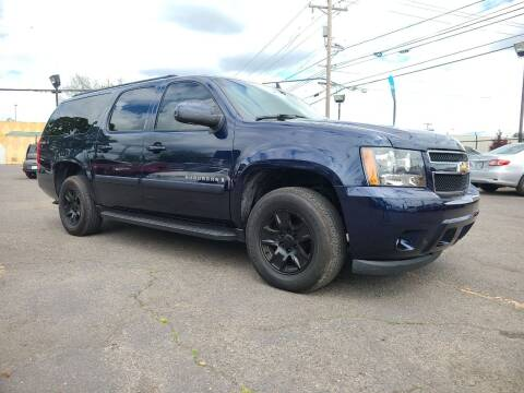 2007 Chevrolet Suburban for sale at Universal Auto Sales in Salem OR