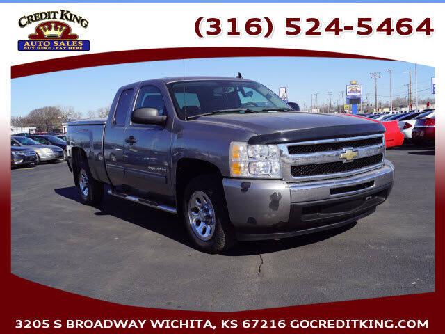 2009 Chevrolet Silverado 1500 for sale at Credit King Auto Sales in Wichita KS