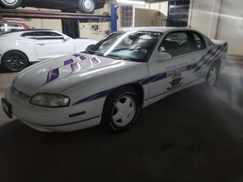 1995 Chevrolet Monte Carlo for sale at Claborn Motors, INC in Cambridge City IN