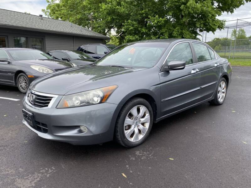 2008 Honda Accord for sale at Queen City Classics in West Chester OH