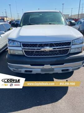 2005 Chevrolet Silverado 2500HD for sale at COYLE GM - COYLE NISSAN - New Inventory in Clarksville IN