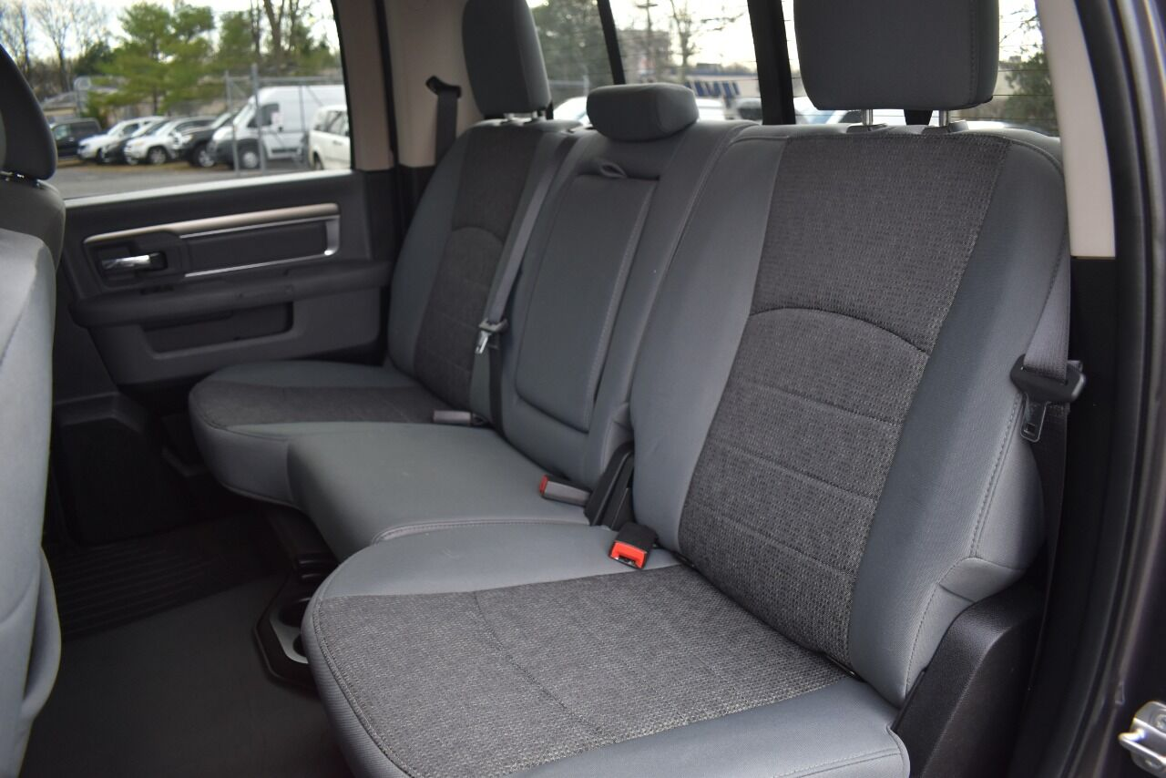2017 RAM Ram Pickup 1500 Big Horn 4×4 4dr Crew Cab 5.5 ft. SB Pickup full