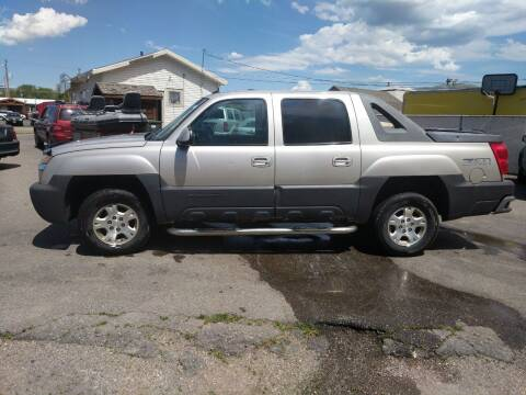 2004 Chevrolet Avalanche for sale at Creekside Auto Sales in Pocatello ID
