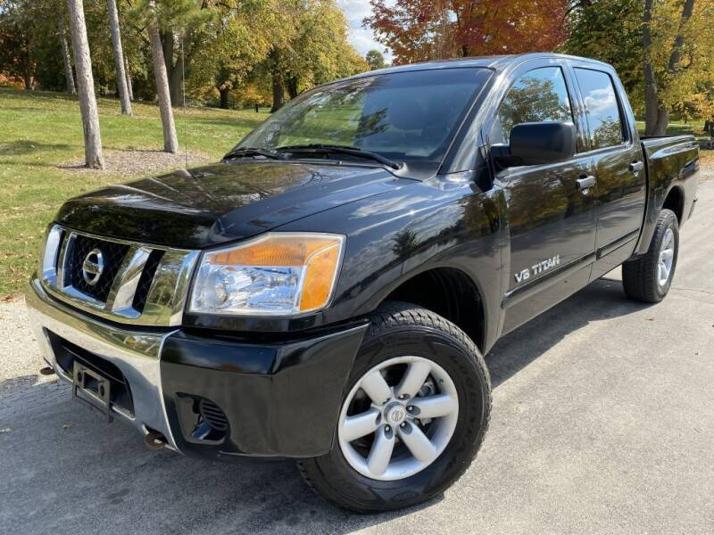 2012 Nissan Titan for sale at Bloomington Auto Sales in Bloomington IL