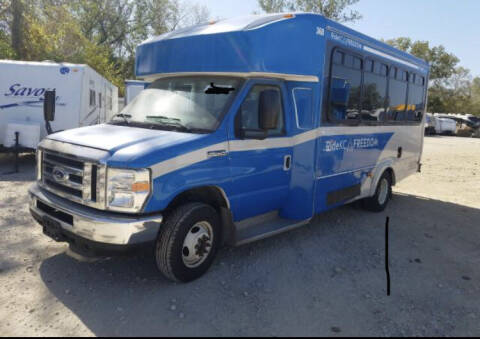 2014 Ford E-Series Chassis for sale at Sky Motors in Kansas City MO