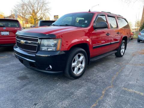 2008 Chevrolet Suburban for sale at AUTOSAVIN in Elmhurst IL