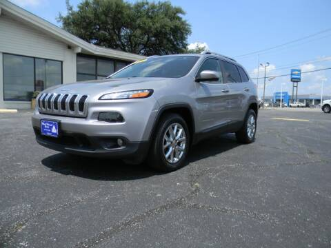 2016 Jeep Cherokee for sale at MARK HOLCOMB  GROUP PRE-OWNED in Waco TX