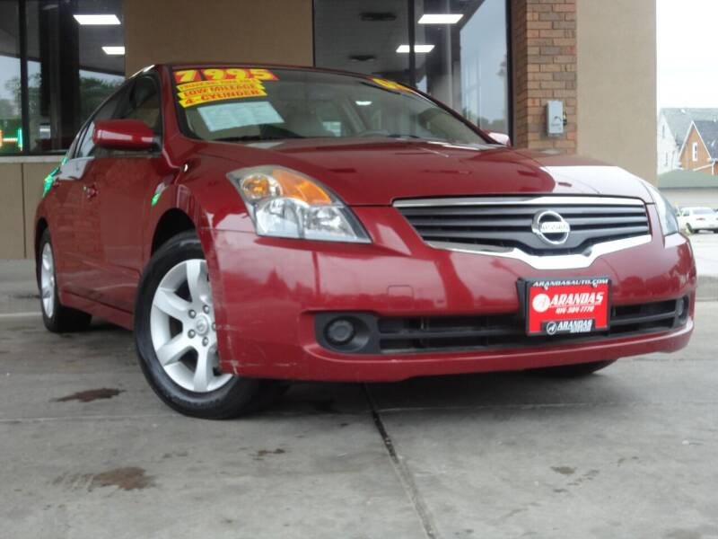 2008 Nissan Altima for sale at Arandas Auto Sales in Milwaukee WI