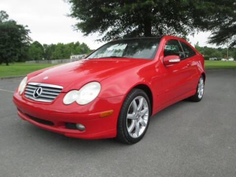 2002 Mercedes-Benz C-Class for sale at Unique Auto Brokers in Kingsport TN