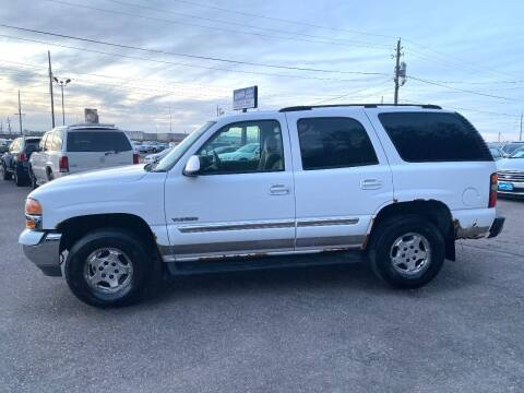 2004 GMC Yukon for sale at Iowa Auto Sales, Inc in Sioux City IA