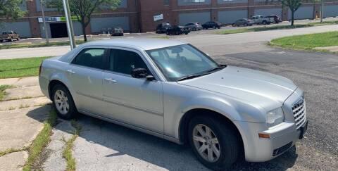 2006 Chrysler 300 for sale at Kash Kars in Fort Wayne IN