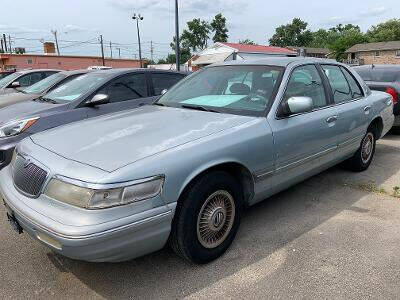 1996 Mercury Grand Marquis for sale at 4th Street Auto in Louisville KY