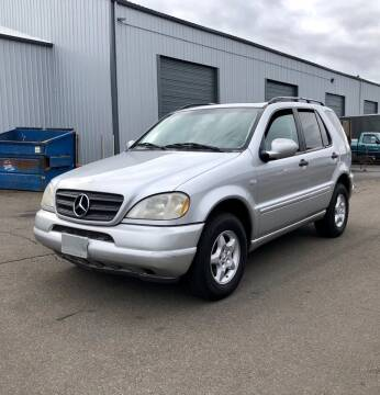 2000 Mercedes-Benz M-Class for sale at DASH AUTO SALES LLC in Salem OR