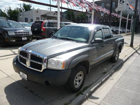 2006 Dodge Dakota for sale at CAR CENTER INC in Chicago IL