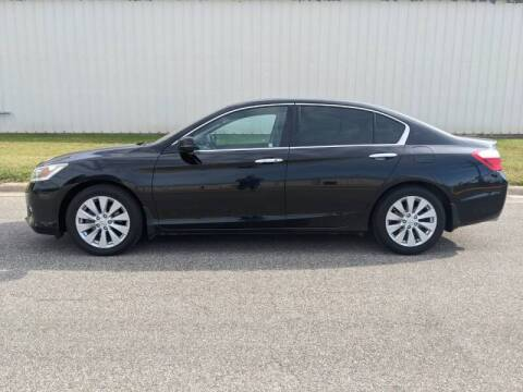 2014 Honda Accord for sale at TNK Autos in Inman KS