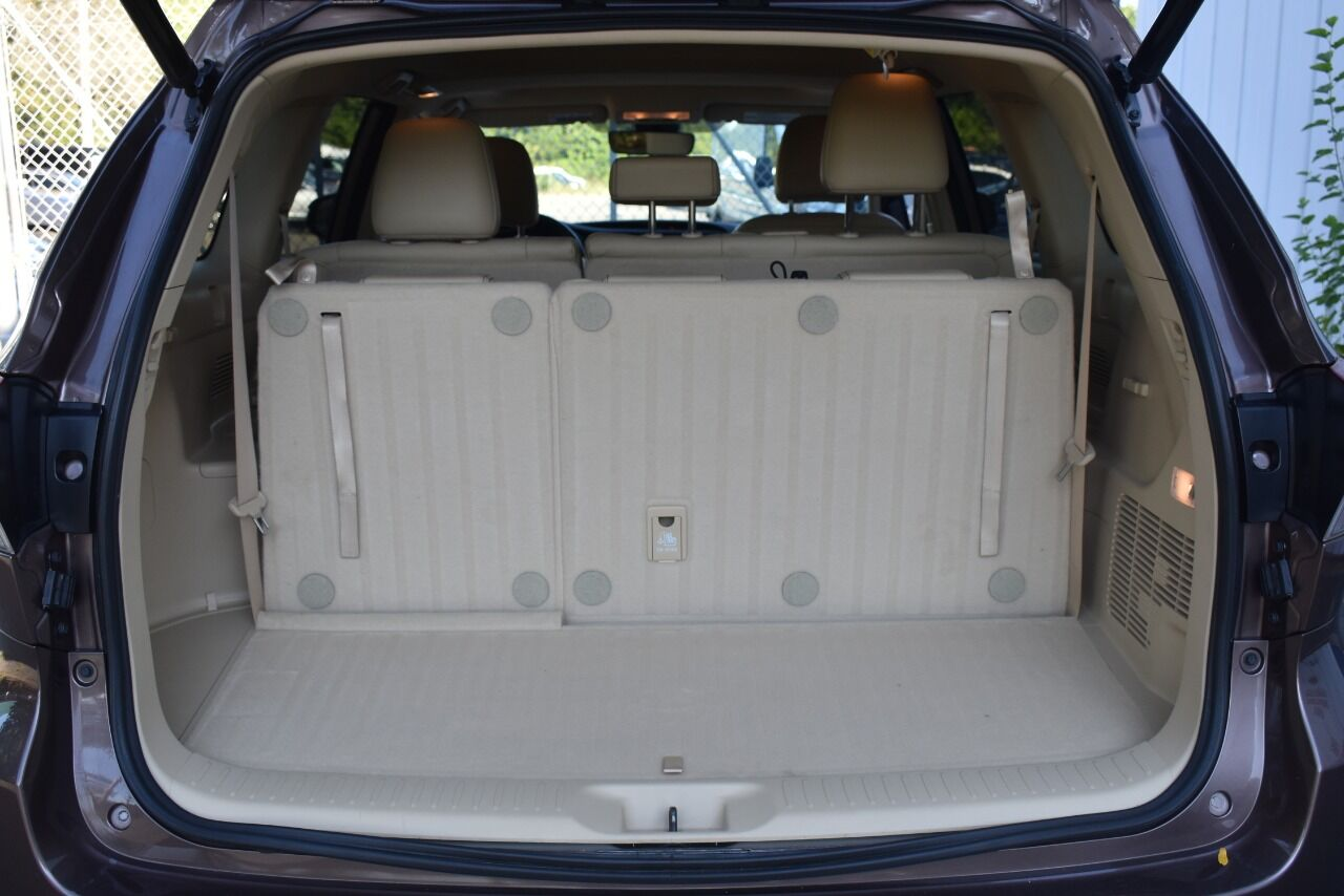 2018 Toyota Highlander XLE AWD 4dr SUV full