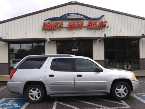 2004 GMC Envoy XUV for sale at DOUG'S AUTO SALES INC in Pleasant View TN