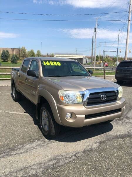 2006 Toyota Tacoma for sale at Cool Breeze Auto in Breinigsville PA