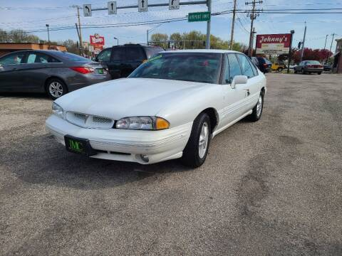 1996 Pontiac Bonneville for sale at Johnny's Motor Cars in Toledo OH