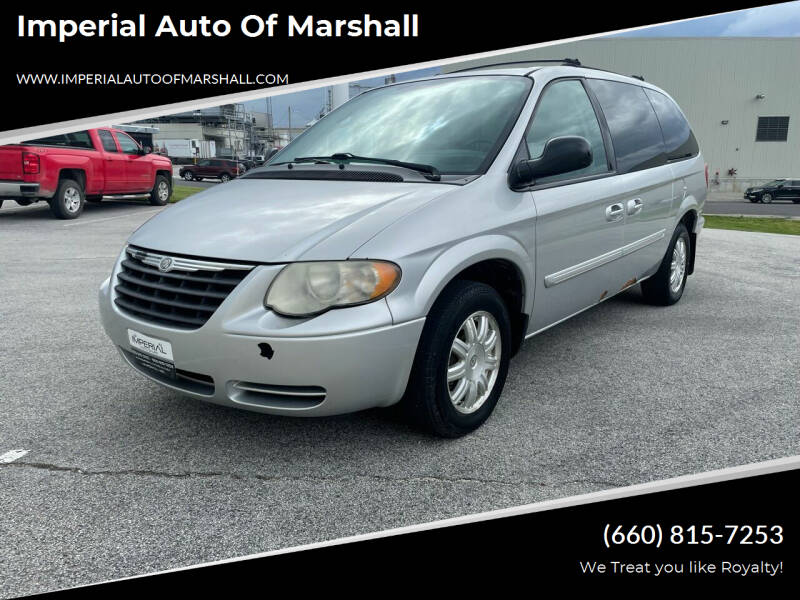 2007 Chrysler Town and Country for sale at Imperial Auto, LLC - Imperial Auto Of Slater in Slater MO