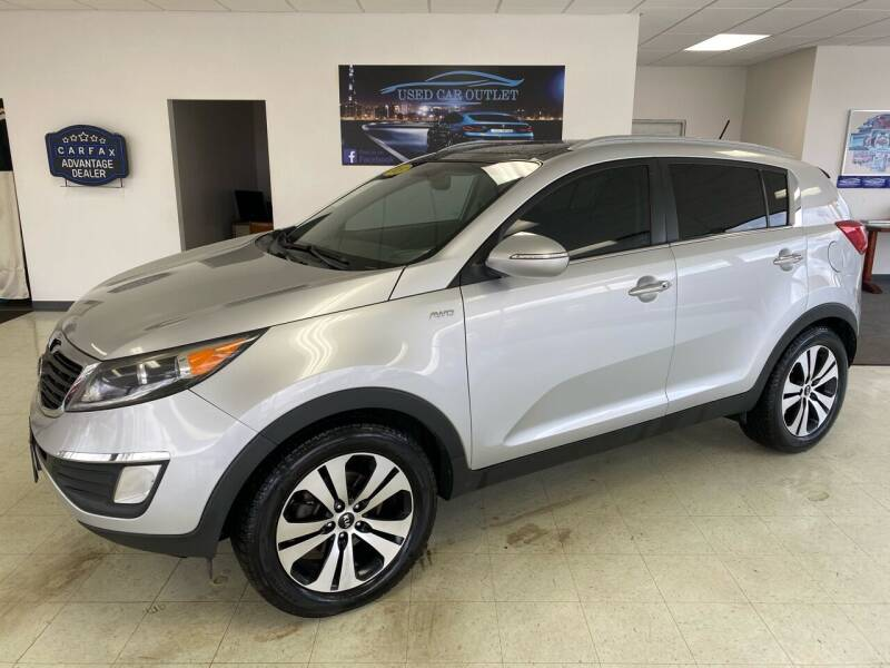 2013 Kia Sportage for sale at Used Car Outlet in Bloomington IL