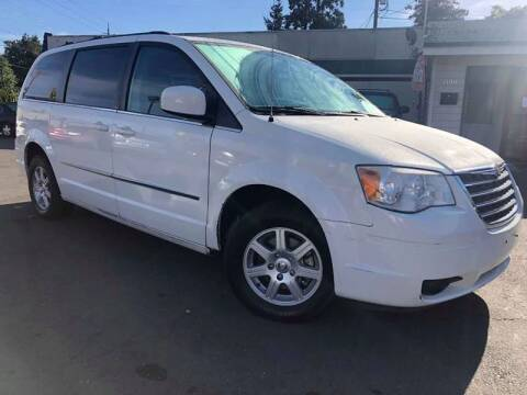 2010 Chrysler Town and Country for sale at Salem Auto Market in Salem OR