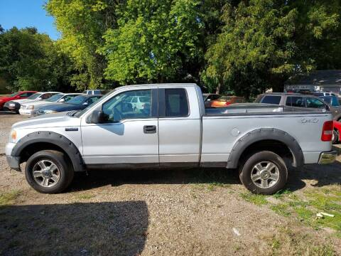 2005 Ford F-150 for sale at D & D Auto Sales in Topeka KS
