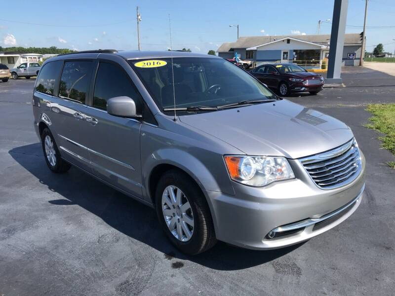 2016 Chrysler Town and Country for sale at Huggins Auto Sales in Hartford City IN